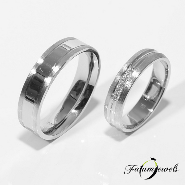 Fatumjewels fehérarany gyémánt karikagyűrű