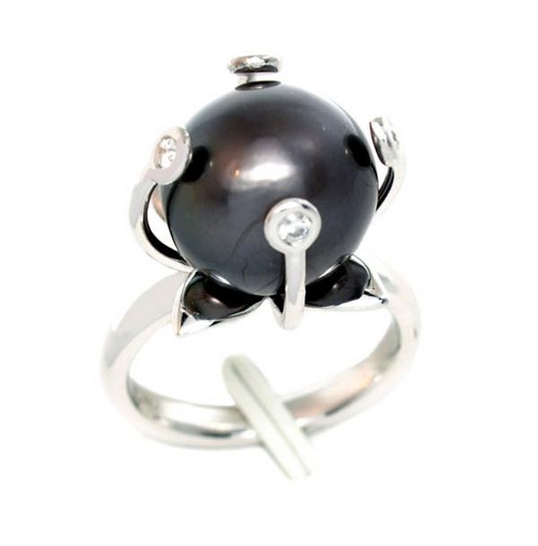 Fekete Tahiti gyöngy gyűrű a Fatumjewelstől