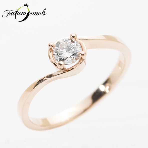 Egyköves gyémánt eljegyzési gyűrű
