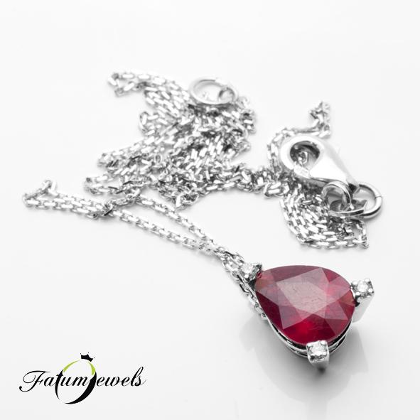 Fehérarany gyémánt rubin medál nyaklánccal