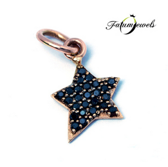 Csillag fekete gyémánt medál