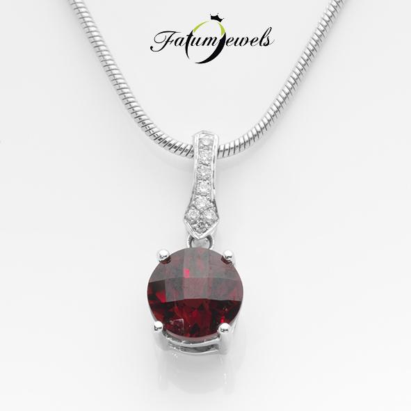 Fehérarany gyémánt gránát medál