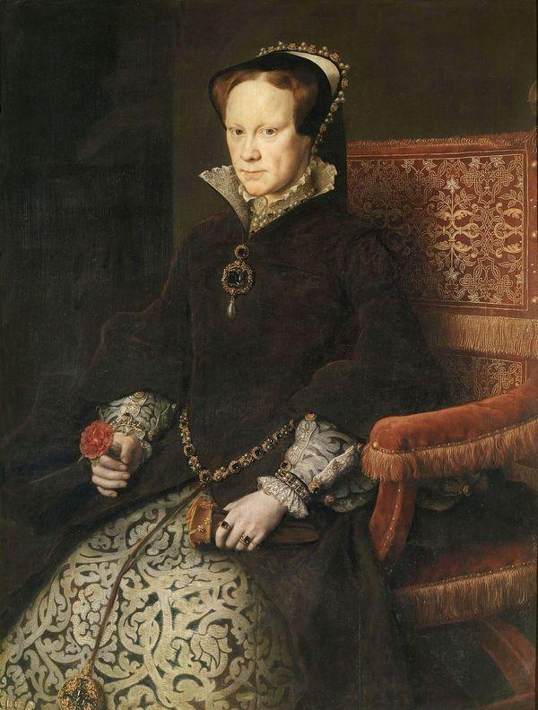 Tudor Mária az El Estanque kék gyémánttal