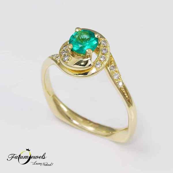 Sárga arany gyémánt smaragd gyűrű