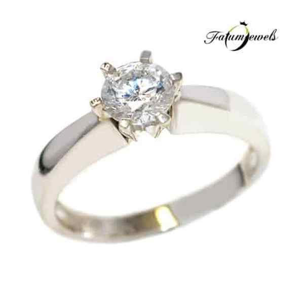 Fehérarany gyémánt eljegyzési gyűrű a Fatumjewelsnél