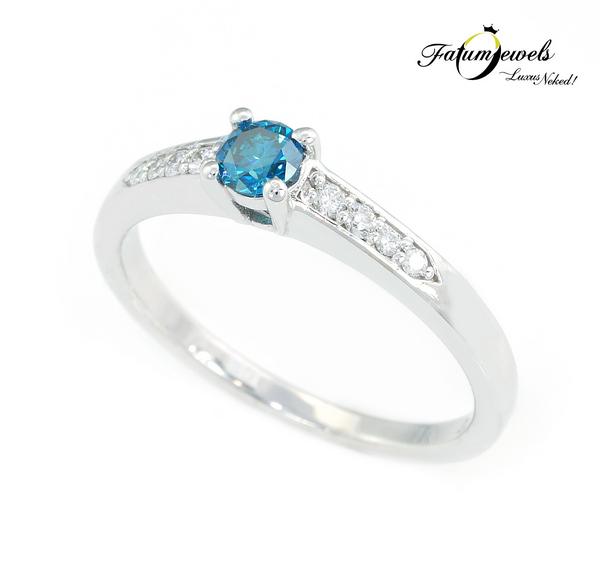 Jégvarázs kék gyémánt eljegyzési gyűrű