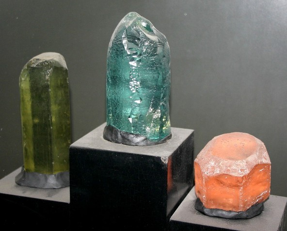 A Berill-testvérek a berill drágakövek